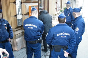 Köszönet Magyarország Rendőrségének - Mandiner TV