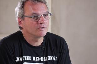 """""""Az életet keresik a menekültek"""" – Kakuk György a Mandinernek"""
