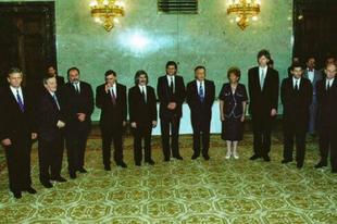 Horn és Orbán, kétharmadok és egyfordulók