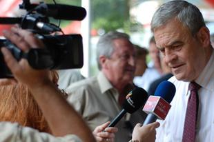 Tőkés: Folytatódik a nacionálkommunista elrománosítás