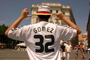Gomez menni Bécs II.