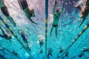 Szalmaláng-országunk óriásai: tisztelet az úszóknak!