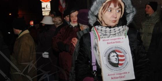 Tüntetés Budaházyért - a Szent Korona Rádió felvétele