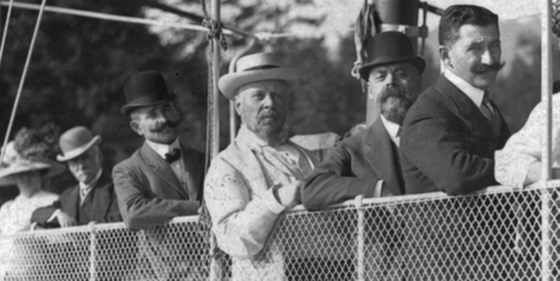 1913-1.jpg