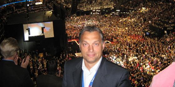 orban_viktor_mccain_republikanus_konvencio_2008.png