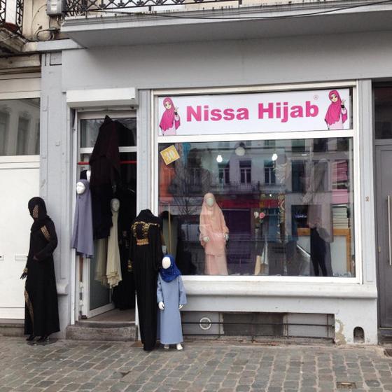 nissa_hijab_brusszel_belgium_molenbeek.png
