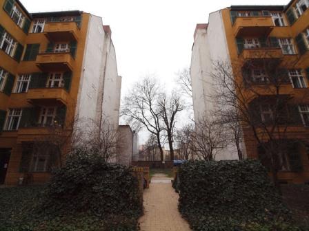 Laczó Ferenc - Hiányzó ház.jpg