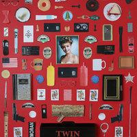 Ikonikus sorozatok és filmek minimalista posztereken