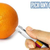 Mindenszínű toll a láthatáron