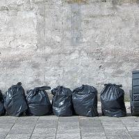 Városi bútorok műanyaghulladékból