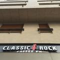 Lett egy ízig-vérig amcsi kávézója Pestnek - Classic Rock Coffee