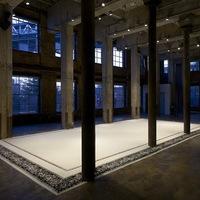 Aude Moreau és a finom padlószőnyeg