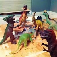 Dinovember, avagy egy hónap, amikor a dinók életre kelnek