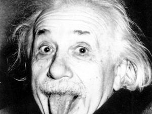 Mindent Einsteinről