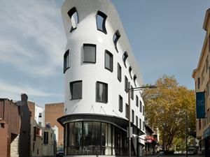 Ék alakú étterem – Roslyn Street Bar