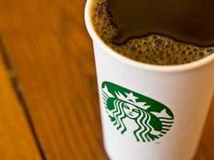 Csak a sellő maradhat - Starbucks új logó