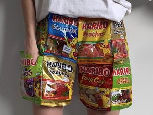 Haribo-ruha, sushi-papucs, avagy mit hoz a jövő a divatban?
