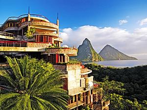 Santa Lucia, a Karib-tenger gyöngyszeme