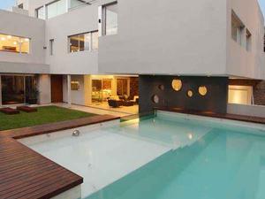 Fényház Argentínából - Casa Devoto