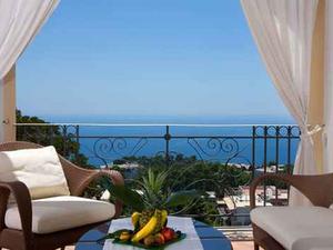 Az álmok szigetén - Capri Tiberius Palace
