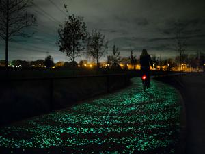 Fényút bringásoknak, amelyet Vincent van Gogh inspirált
