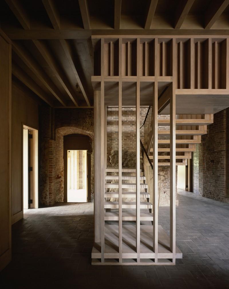 Astley-Castle-11-800x1010.jpg