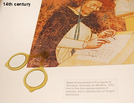 eyeglasses07 14th century3.jpg