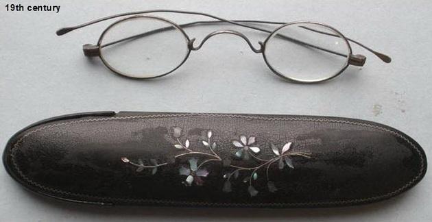 eyeglasses15 19th century_resize.jpg