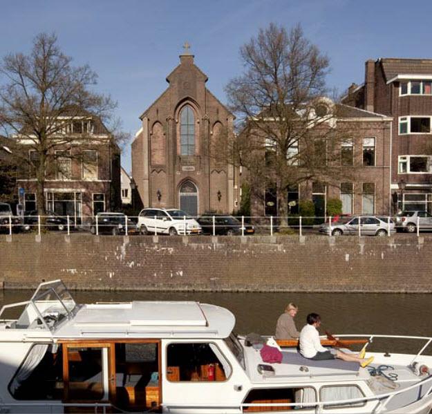 Ha kell egy templom, van egy eladó Utrechtben...
