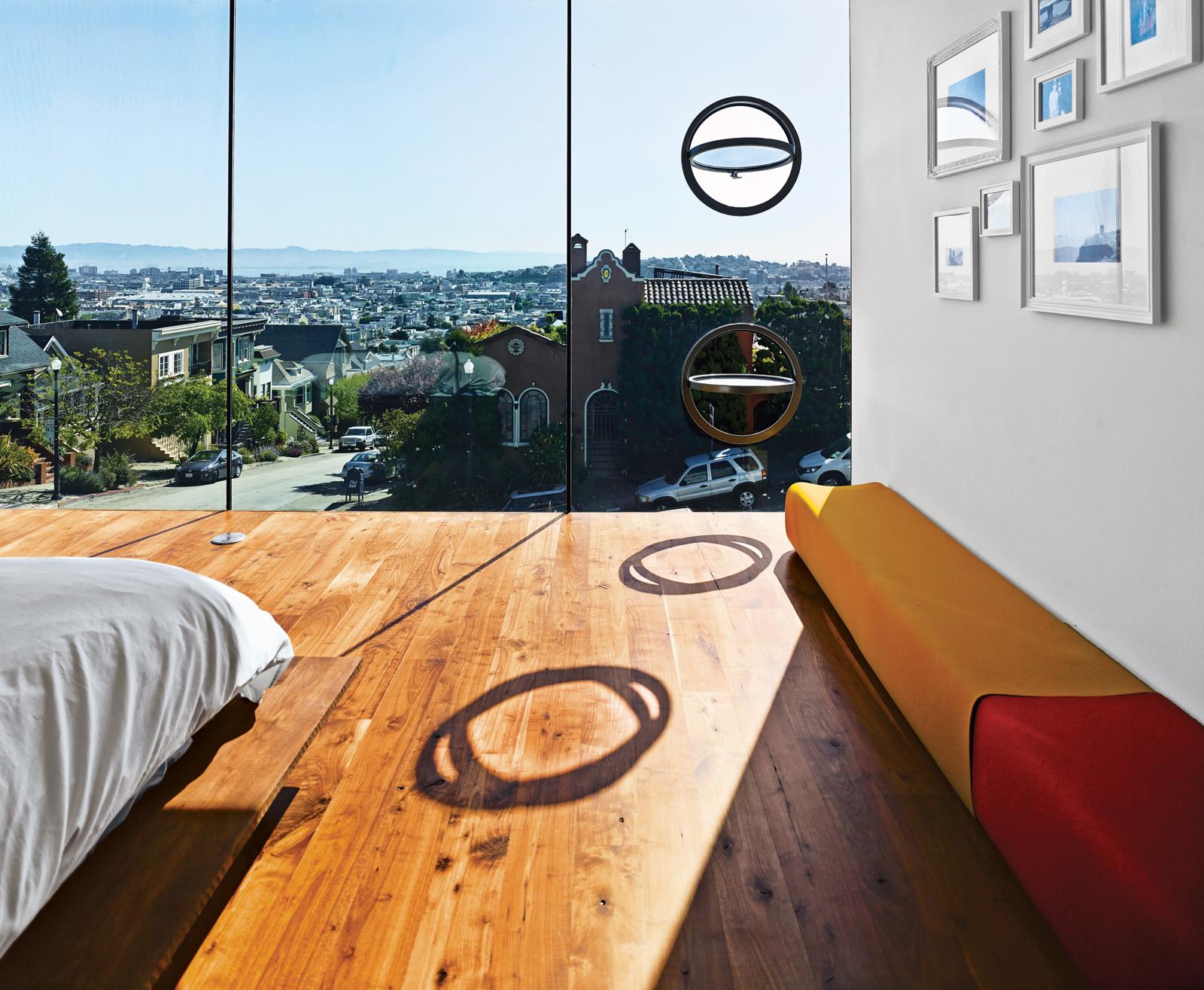 Az LC4 nappali Le Corbusier, Charlotte Perriand és Pierre Jeanneret a Cassina. Működőképes lőrés ablakok a keleti homlokzat ajánlatot szellőzést..jpg