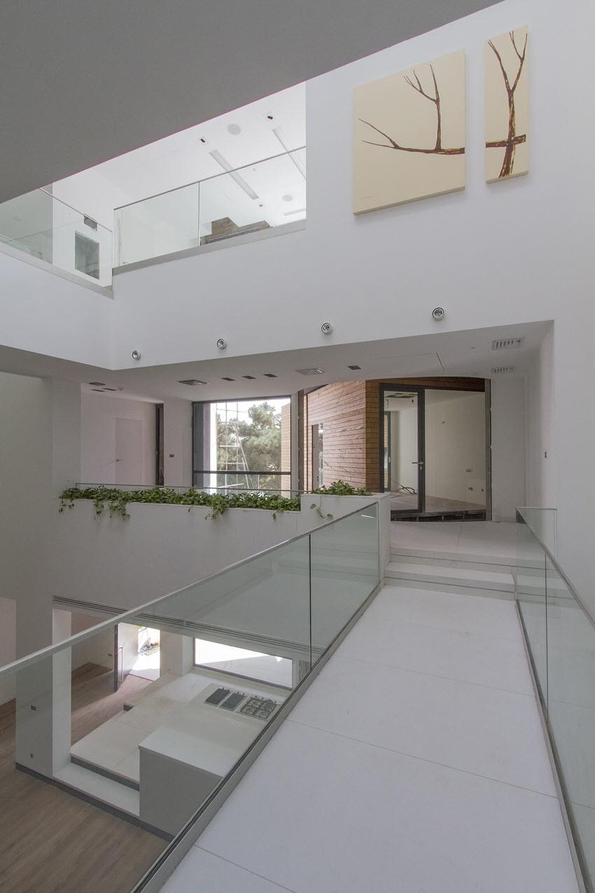Luxurious-Sharifi-ha-House-In-Tehran-Iran-11.jpg