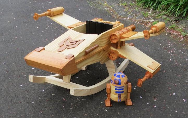 122f69c5b68b Star Wars mánia: X-szárnyú hintavadászgép gyerekeknek