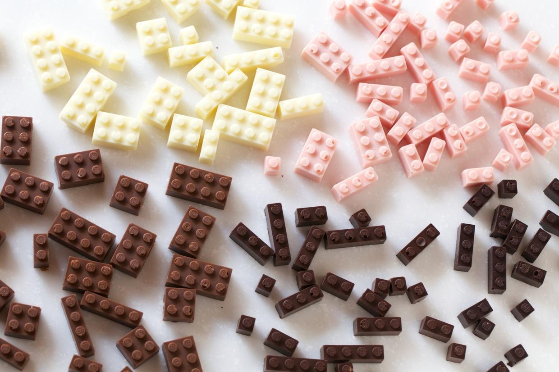 chocolate_lego01.jpg