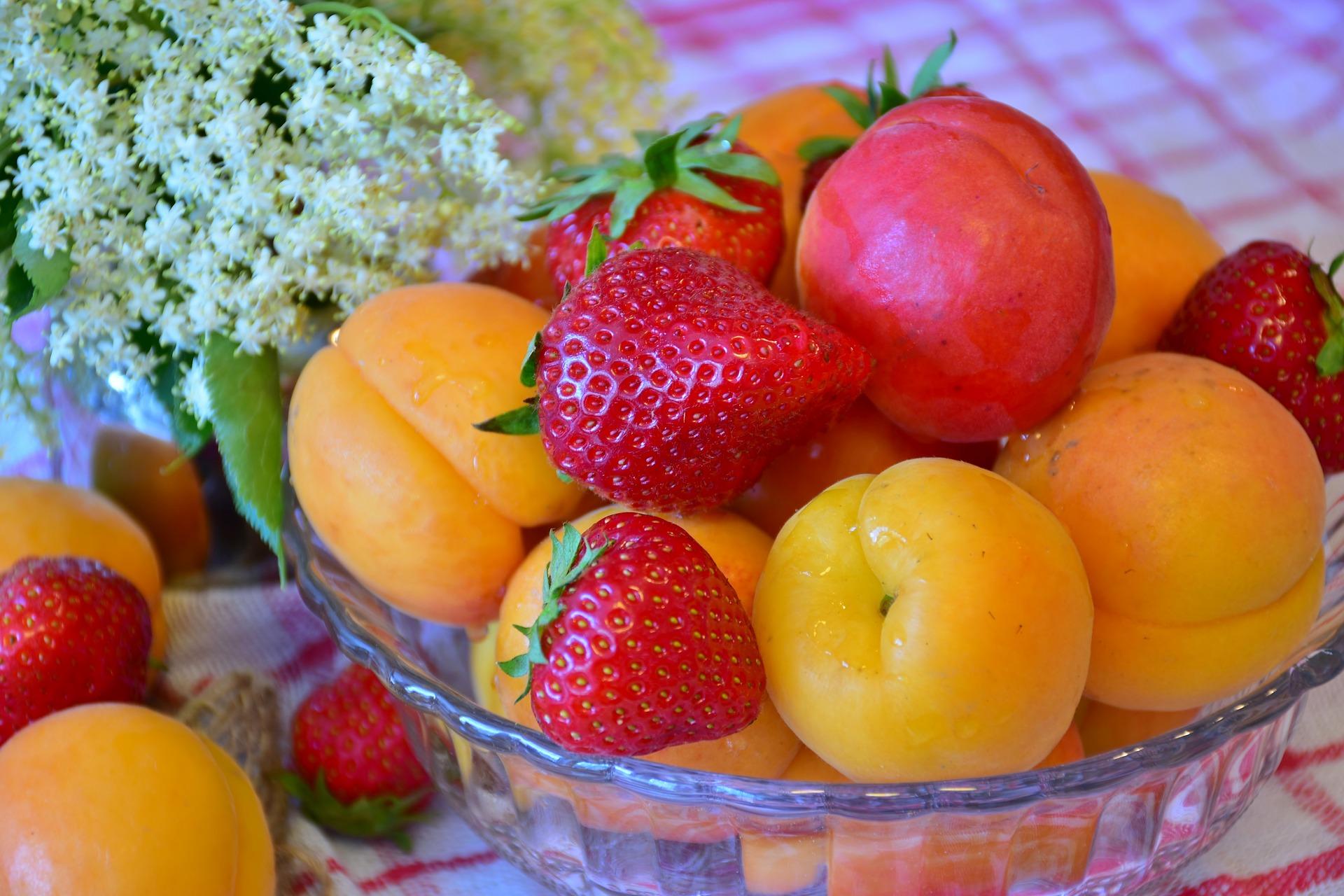 fruit-3436848_1920.jpg