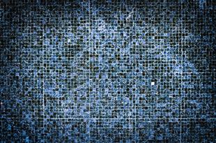 Új fürdőszoba a csodákra képes üvegmozaik ragasztó által