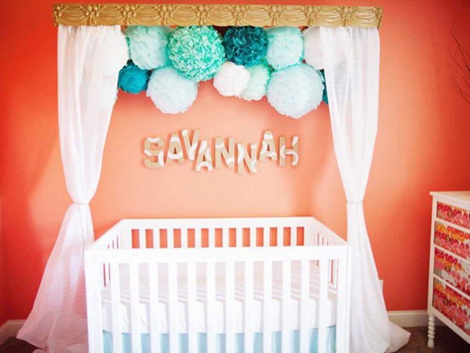 original_project-nursery-kid-room-pom-poms_s4x3_jpg_rend_hgtvcom_966_725.jpeg