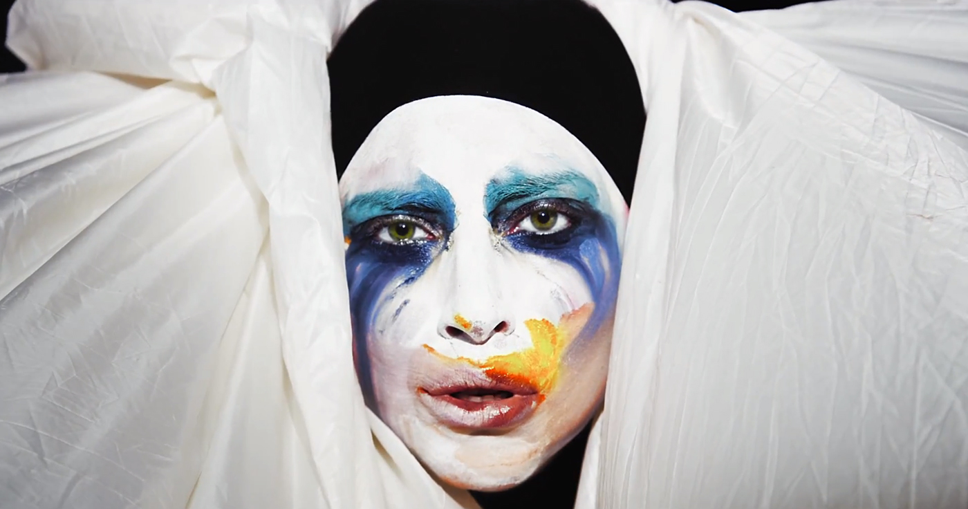 lady_gaga_applause_1.jpg