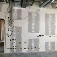 Merőben szokatlan megoldások magyar építkezésekről