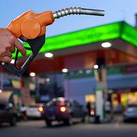 9 dolog, ami drasztikusan csökkenti az üzemanyag fogyasztásodat