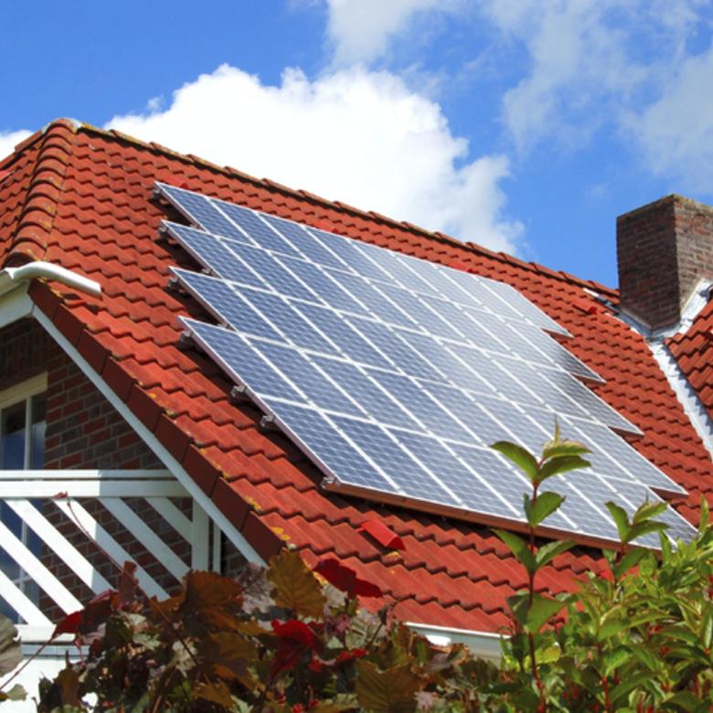 Megéri ma napelemes rendszert kiépíteni? Biztosan lenullázzuk a költségeinket egy napelemes rendszerrel?