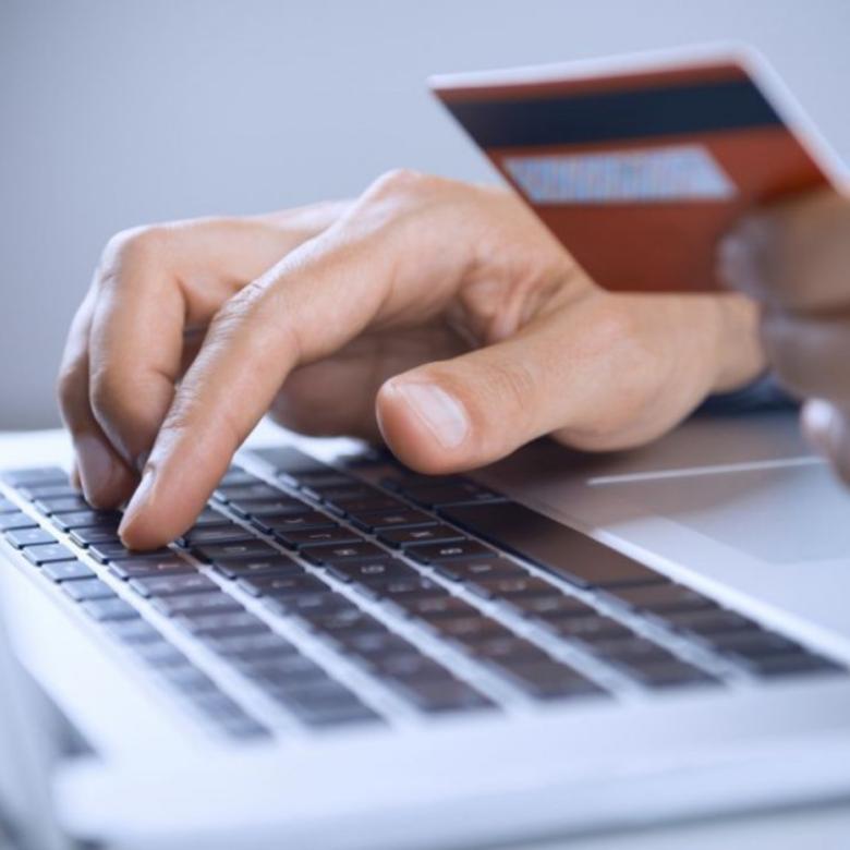 Egy új hitelkártyacsalási trükk, a NAV mögé bújva