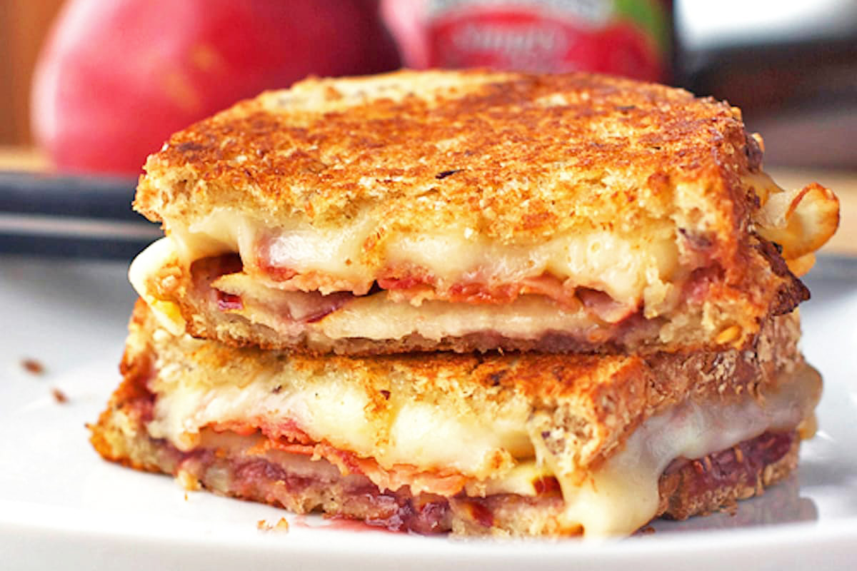 grilled-cheese-3.jpg