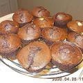 Kakaós muffinok, kréker, tízperces-túrós, és a többi.