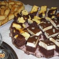 Búvártúrós, vaníliás szelet és sajtos kocka...