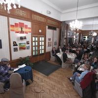 Irodalmi főzőműsor a Pilvaxban