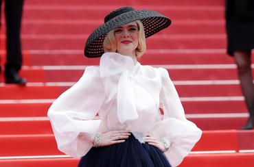 Lady Gagát megszégyenítő túlzások a cannes-i vörös szőnyegen