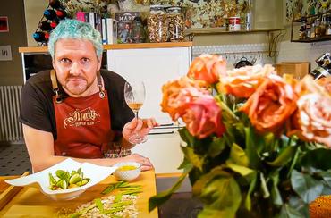 A vörös divatdiktátor, Rotschild Klára kedvenc salátája