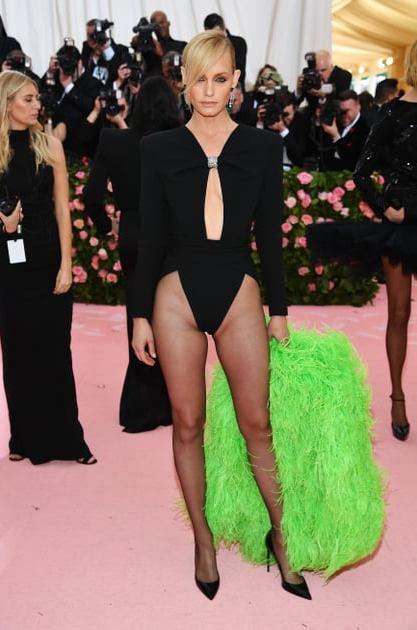 Amber Valletta szupermodell 45 évesen is fantasztikusan néz ki