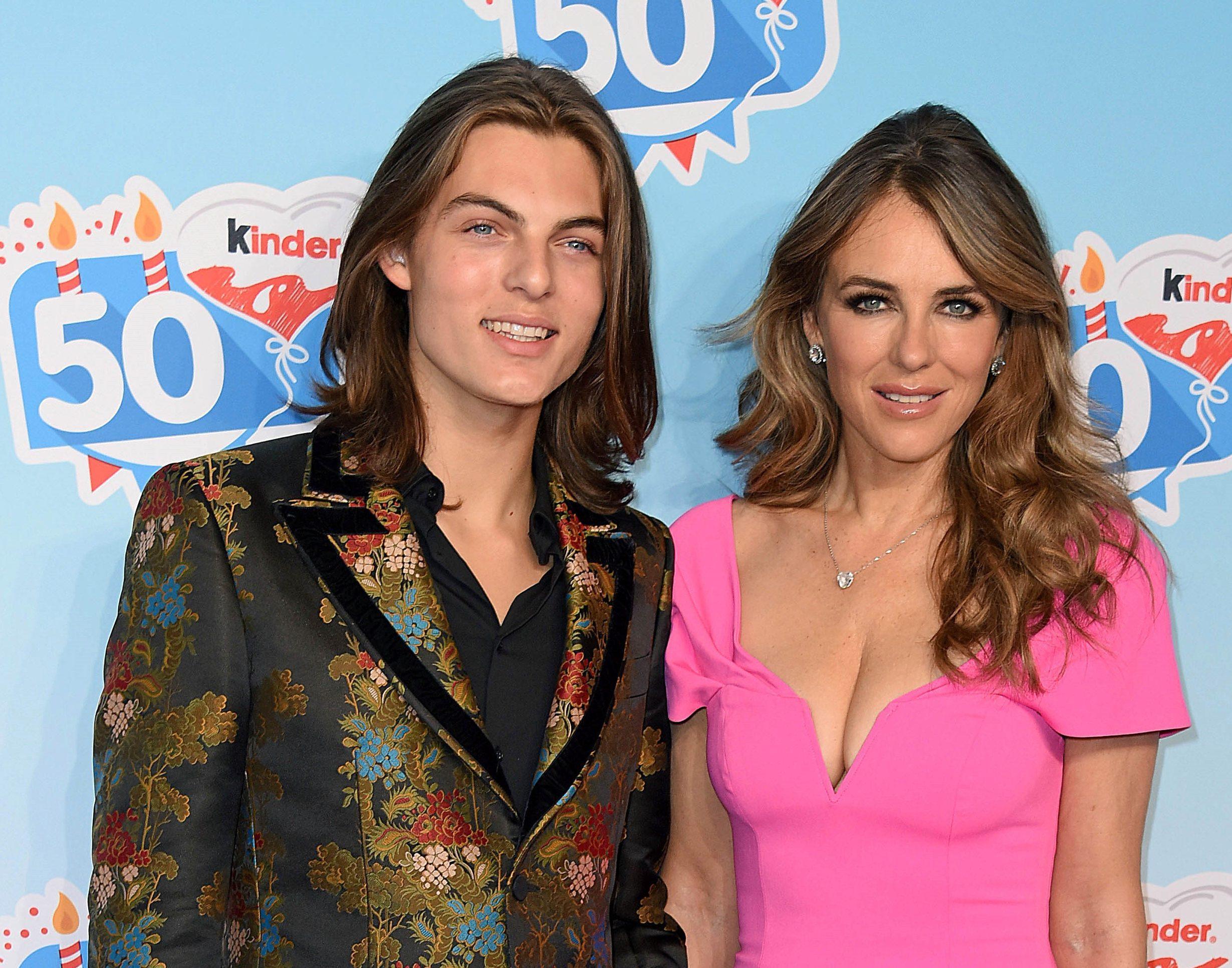 Liz Hurley és a fia, Damian