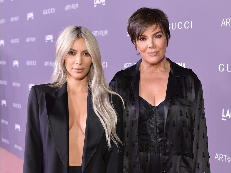...vagy a megaceleb Kim Kardashian?